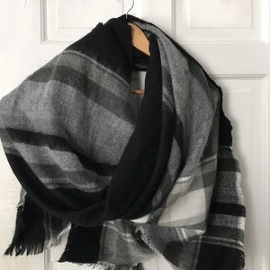 Zara Oversized Blanket Scarf 54 x54 Gray Black